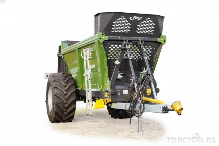 Ремаркета и цистерни Fliegl Тороразхвърлящо ремарке Флигел с верижен транспортьор 3 - Трактор БГ