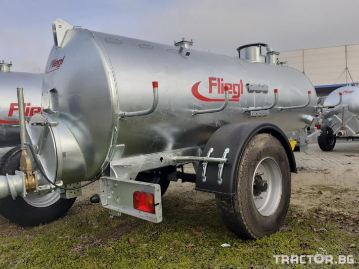 Ремаркета и цистерни Вакуумна цистерна Флигел 6200 литра 1 - Трактор БГ